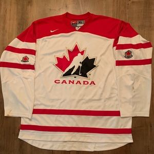 Nike Canada embroidered Hockey Jersey size XL